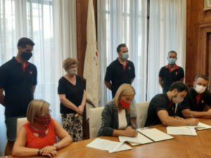 La Colla Joves cedeix el seu fons documental a l'Arxiu Municipal